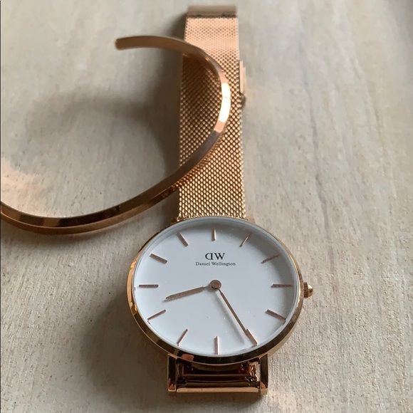 36312edb99a3 Daniel Wellington Accessories - Genuine DW Classic Petite Melrose Set (Rose  Gold)